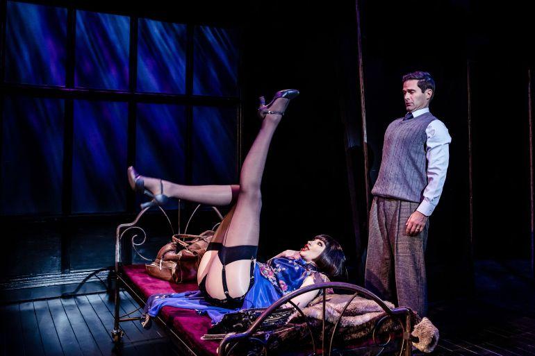 Cabaret 2 Bed Scene