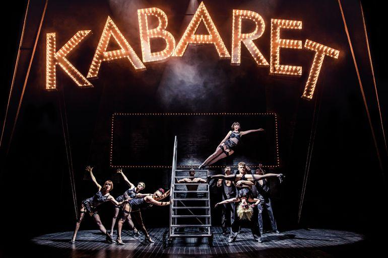 Cabaret 8