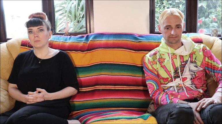 New Speak arguing couple pic