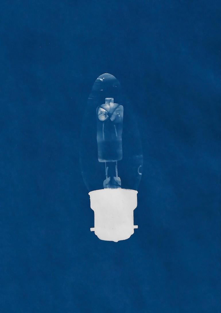 aimee lightbulb blue